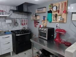 Aluga-se cozinha por período