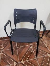 Vendo 1 cadeira
