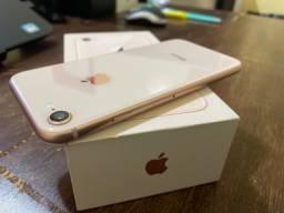 iPhone 8 Dourado 64GB completo ?