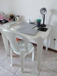 Título do anúncio: Vendo mesa e cadeira de plástico.