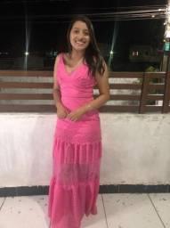 Título do anúncio: Vestido Rosa de renda.
