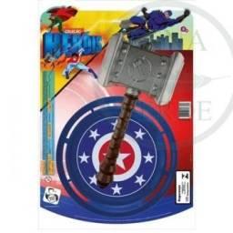 Martelo Thor com escudo Capitão América  frisbee