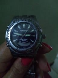Relógio . Orient