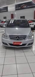 Mercedes Bens B180