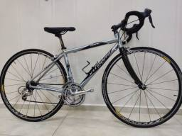 Bicicleta speed specialized dolce comp.tam. 49 toda ultegra rodas Mavic.