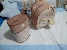 Kit mochila e frasqueira para mamadeira