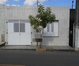 Casa 3/4 px a Rodoviária no Centro da cidade de Lagarto
