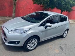 Ford new fiesta titanium automático 2017