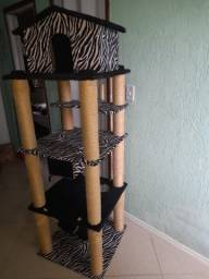Título do anúncio: Arranhador torre castelo para gatos