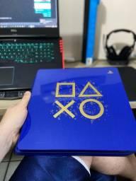 PlayStation 4 slim edição limitada days of play