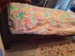 Título do anúncio: Vendo cama de solteiro da marca Incabras villa Inbuia