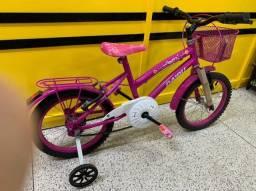 Título do anúncio: Bicicleta roxo e rosa aro 16 com cestinha