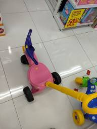 Vendo motoca,moto, triclo menina infantil