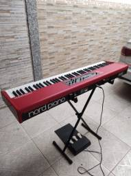 """Nord Piano muito novo """"sem marcas"""""""