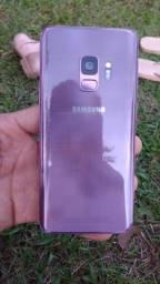 Título do anúncio: Samsung s9 com todos acessórios