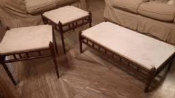 Jogo de mesas antigas