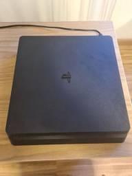 PS4 Slim 1TB + 1 Controle