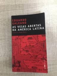 """Livro """"As veias abertas da América Latina"""""""