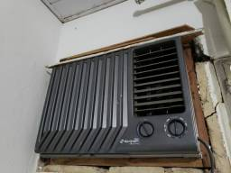 Título do anúncio: Ar condicionado springer mondial 7500btus