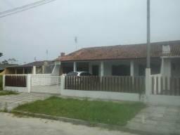 Praia de Leste, 100 reais a diária. Ótima casa, ampla e confortável
