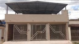 Casa em Ipatinga, 3 quartos/suíte, 184 m², 3 vagas de garagem