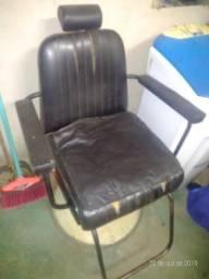 Vende-se cadeira para cabeleleiro