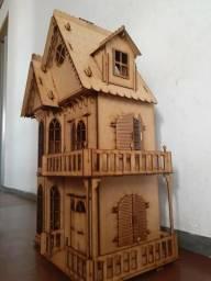 Castelo Bonecas + Kit 25 móveis