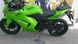 Ninja 250 novissima - 2011