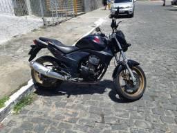Cb 300 honda - 2011