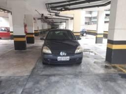 Renault Clio 1.6 4 portas 2005 - 2005