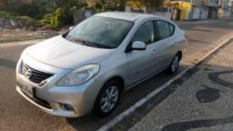 Vendo Nissan Versa SL 1.6 2012