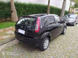 Ford Fiesta Hatch 1.6 Completo - Troca e Financia!!!