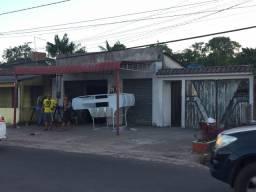 Casa com terreno no centro de Castanhal 11/22x90m