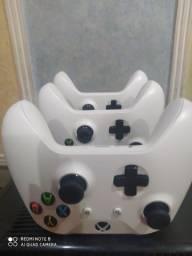 Controle Xbox one S.