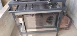 Vendo fogão industrial de 4 bocas com forno e pia indústriaal