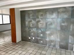 Título do anúncio: Apartamento com 3 dormitórios para alugar, 191 m² por R$ 4.500,00/mês - Tamarineira - Reci