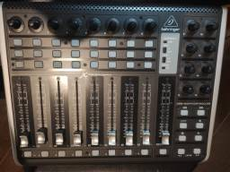 controlador midi xtouch compact behringer