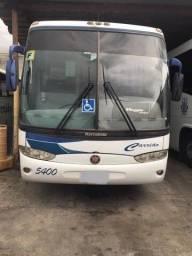 Ônibus muito bem conservado