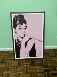 Quadro Audrey Hepburn rosa