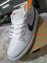 Nike SB DUNK LOW PRO ISO (40)