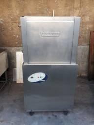 Maquina de lavar louças industrial hobart