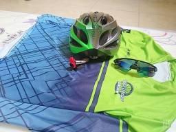 Vendo kit ciclismo novo .pra vender logo