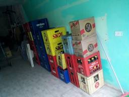 caixas engradados (entrego no local) R$25,00