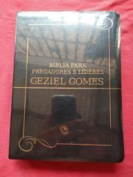 Bíblia para pregadores e líderes Geziel Gomes