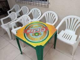 Título do anúncio: Mesa com 7 cadeiras