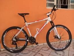 Título do anúncio: Bicicleta afameq stroll, quadro 17 aro 26.