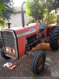 Trator Massey Ferguson 235