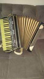 Acordeon Italiano Giussepe Venuti 120 baixos Original Vintage