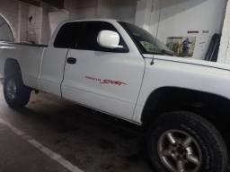 Dodge Dakota V6 3.9  cabine estendida ! Com kit gás