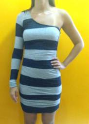 Lote de 3 vestidos (tamanho P)